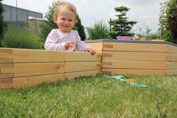 ulli, dětské hřiště, hřiště na zahradu, pískoviště, venkovní hry, zahradní prolézačky